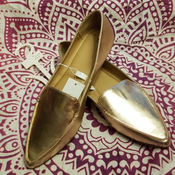 105486238fd Micah Pointed Toe Closed Loafers Rose Gold NWT. NWT. A New Day